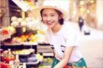 唐艺昕嗨玩意大利享受美食 裙摆飞扬笑容甜美超迷人