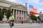 华盛顿举行独立日游行
