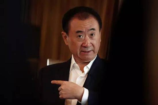 去年王思聪痛骂的酒店 今天被王健林632亿打包卖了