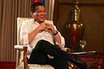 杜特尔特低调提南海高调批美国 感谢中国投资帮助基建