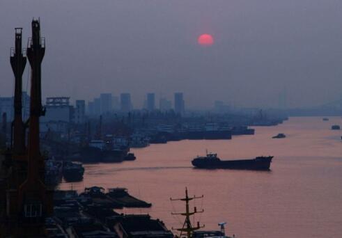 今晨,甬江观朝阳