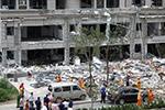 济南一小区突发爆炸 建筑仅剩框架