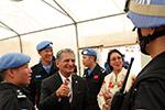 中国驻利维和警察防暴队举行军事开放日活动