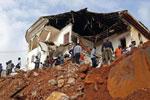 塞拉利昂首都洪水和泥石流灾害造成至少300人遇难