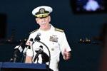 美国军方称发现部分失踪船员遗体(组图)