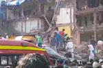 印度孟买南部一栋三层楼房发生垮塌 目前数十人被埋