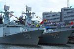 中国海军舰队首访伦敦 获赠特殊礼物