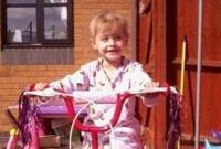悲惨!英3岁女童手术中被医生误切断动脉致死