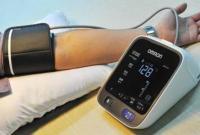 美国调整高血压标准 中国网友拿起了体检报告……
