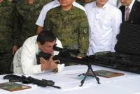 杜特尔特归还中国一把特殊步枪 称未来将回报中国