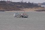 大陆渔船金门海域翻覆2人失踪 家属驾船寻人遭扣留