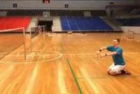 羽毛球颠覆性新规!发球高度不超1米15 今后要跪着发球了