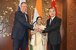 洞朗之后中国外长到访新德里 德媒:中印走出喜马拉雅阴影