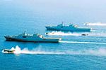 军报披露:陆军某新型武装直升机首次实现在海军舰艇上起降