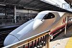 日本新干线再出事故:上次空调漏水 这次车台漏油