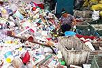 英媒称中国遭遇塑料垃圾新挑战:每天扔6000万外卖餐盒