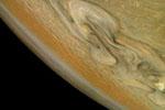 """北极风暴肆虐 """"朱诺""""探测器拍摄木星风暴照片"""