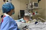 """女大学生感染""""超级细菌""""被抢救21天 最初症状像感冒"""