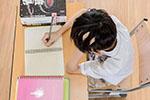 """高校""""代产业""""流行谁之过:代课 代考 代写作业明码标价"""