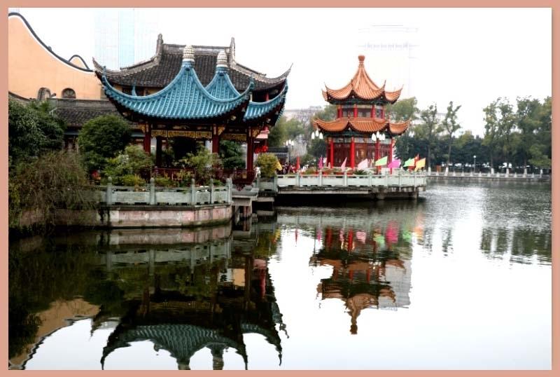 春节的月湖