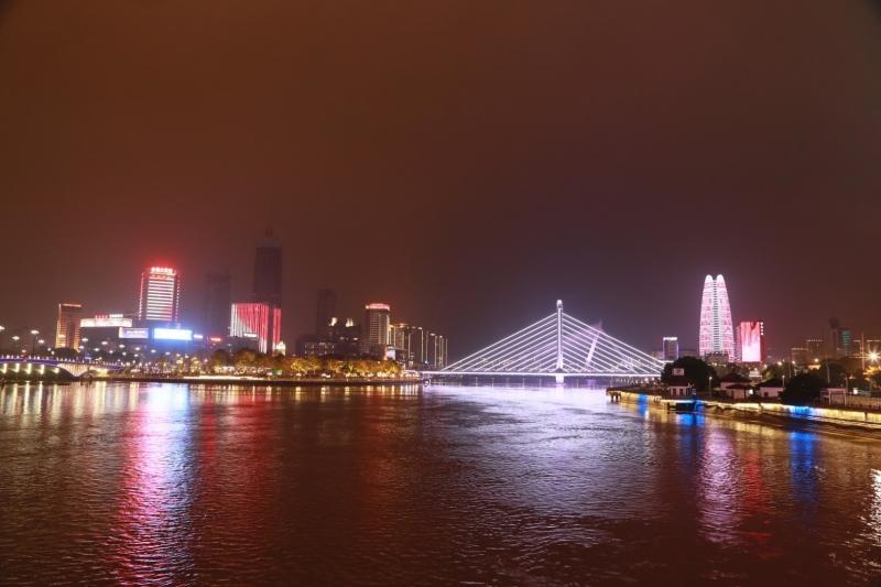 三江口夜色璀璨