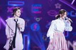 国民组合Twins亮相华人春晚 献唱《见习爱神》