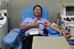 公交司机两个月救三人:献血廿年热心公益 不在意质疑
