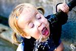 身体缺水会有早期提示 头疼头晕可能都是补水信号
