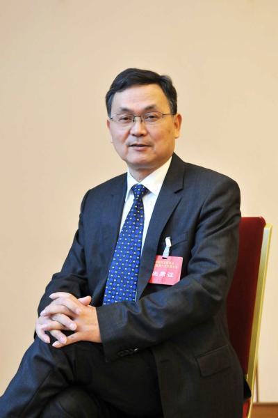 镇中校长吴国平入选国家教育考试指导委员会专