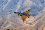 空军新型战机歼-10C开始担负战斗值班任务