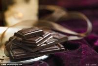 黑巧克力好处多!有助缓解压力、促进记忆和增强免疫力