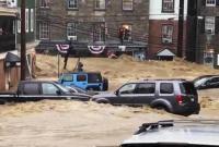 美马里兰州突发洪水 冲毁汽车房屋