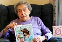 英国106岁老妇称其长寿秘诀是一生未婚