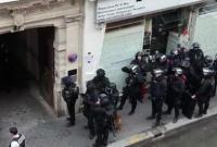 巴黎被劫人质获救 劫持者要求伊朗大使馆带话