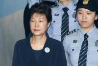 """公款""""进贡""""朴槿惠 韩国三名前情报主官获刑"""