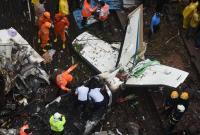 印度孟买一架小型飞机坠毁致5人遇难