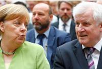 妥协! 为挽留内政部长 默克尔同意阻止难民入境并遣送出境