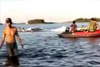 海南万宁一小型飞机训练落水,两名飞行人员一死一失联