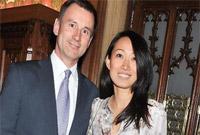 """英国外交大臣半天内易人:""""中国女婿""""杰里米·亨特走马上任"""
