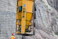 白鹤滩水电站全面进入主体工程施工阶段