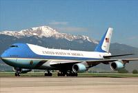 """印上红白蓝三色!特朗普要为空军一号""""换装"""""""