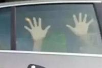 悲剧再度上演!安徽一对小姐妹被困车内窒息身亡