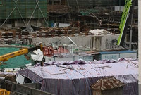 安徽六安一工地发生坍塌 已致6人死亡