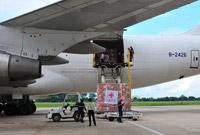 中国政府援助老挝紧急救灾物资交接仪式在万象举行