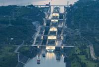 长江防总开展应急调度及时疏散三峡滞留船舶