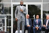 花8亿美元做慈善!不黑不吹 詹姆斯是不是NBA捐款第一人