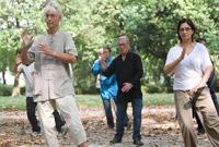 比利时布鲁塞尔:免费太极课吸引爱好者