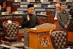 马来西亚前副总理安瓦尔表示将支持现政府