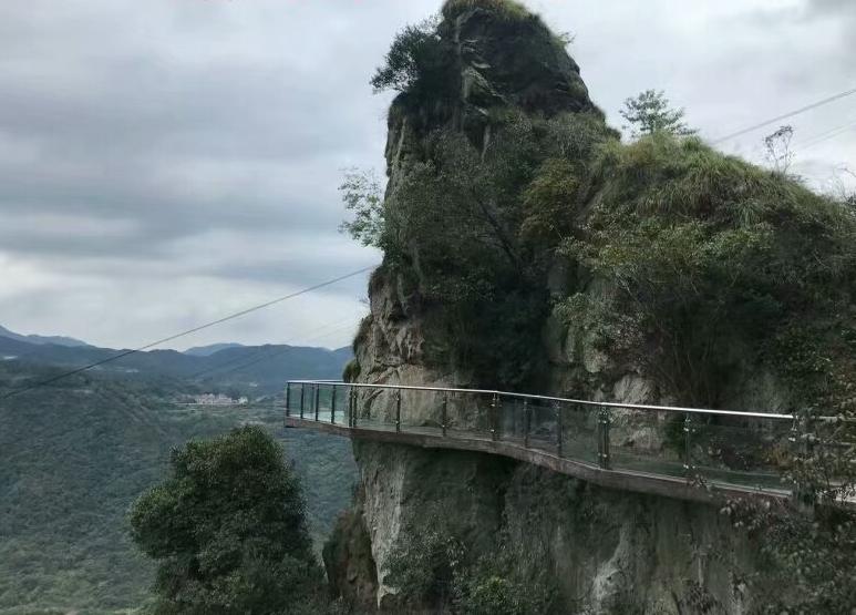 游新昌天姥山