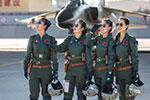 空军将招收第12批女飞行学员 成绩优异者有机会进清华北大